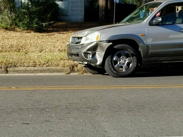 2 35 Pm Motor Vehicle Accident At Fortner And Edgewood