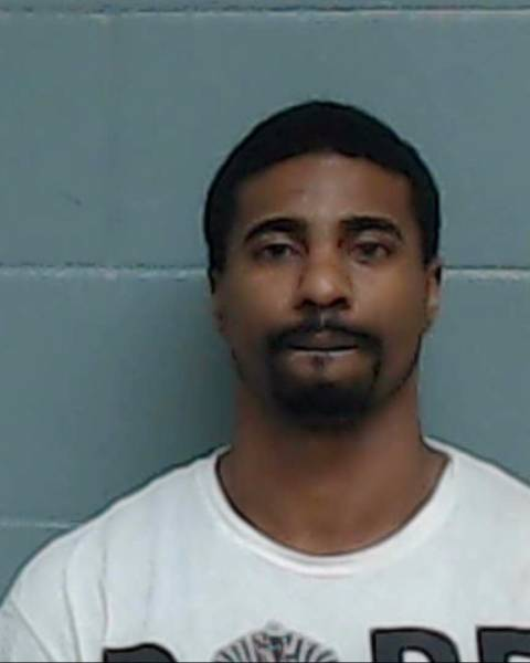 Pensacola Man Arrested on Multiple Charges in Washington County
