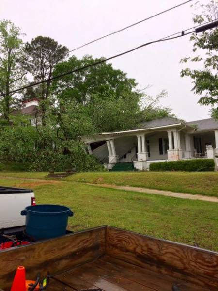 Eufaula Recieves Storm Damage