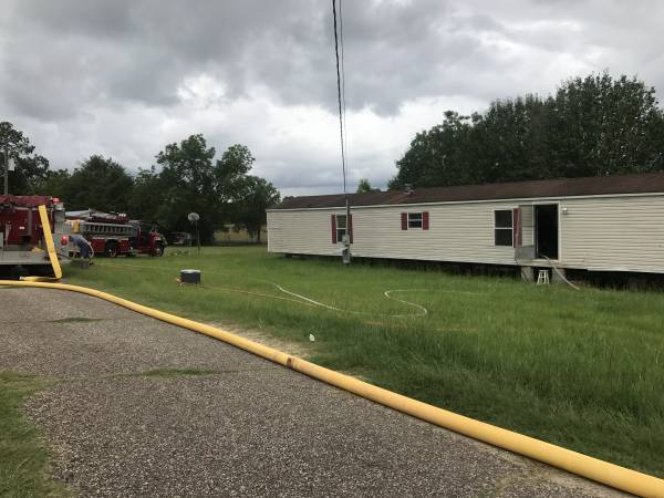 Structure Fire at Grady's Mobile Home Park in Cottonwood