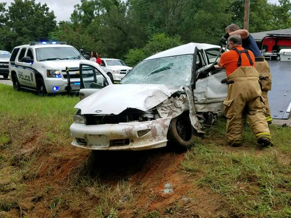 UPDATED at 1:57 PM...Single Vehicle Accident Claims the Life of a Houston County Man
