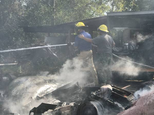 Tuesday Trailer Fire Endangers Residence And Other Vehicles