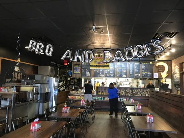 BBQ and Badges - Back The Blue At Dickey's Barbecue Pit
