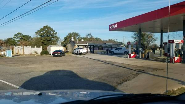 UPDATED at 7:11 AM.  Armed Robbery At Lolo's On Denton Road