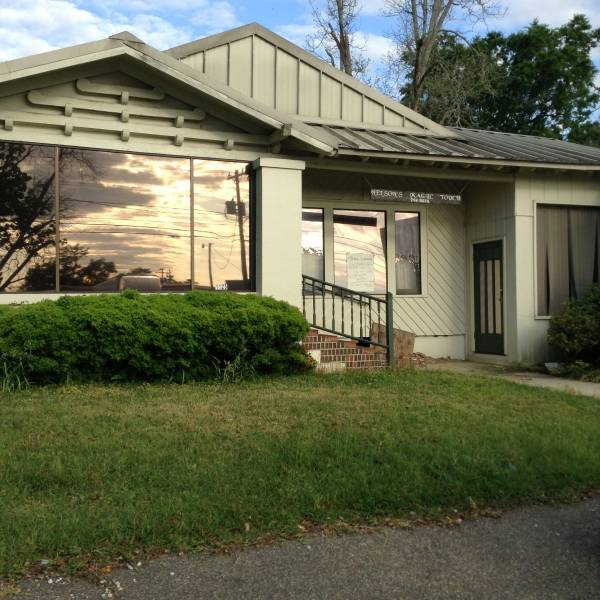 COMMERCIAL PROPERTY FOR SALE- 1125 S ST ANDREWS!