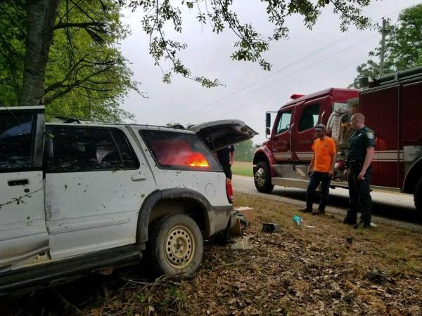 Single Vehicle Accident on Geneva County Road 49
