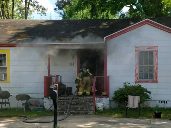 2:28 PM... Structure Fire at 107 Garland Street