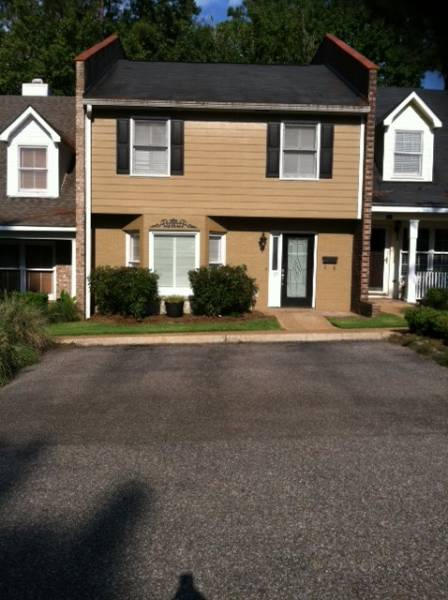 OPEN HOUSE APRIL 29TH- 105 AZALEA-$126,900
