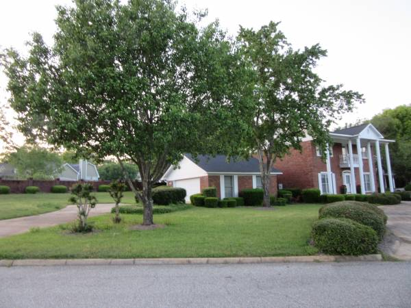 OPEN HOUSE APRIL 29TH AT 121 WATERFORD- $249,000