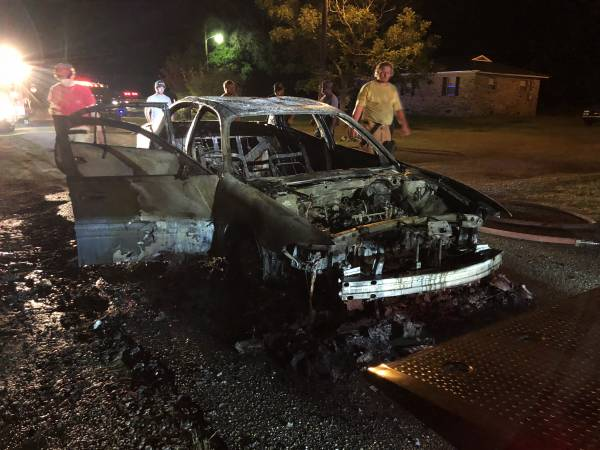 Gordon Vehicle Fire - Structure Endangered