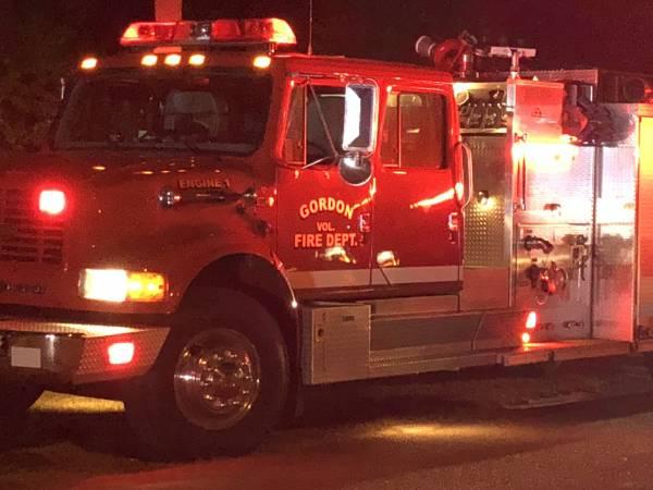 Gordon Vehicle Fire - Structure Endangered