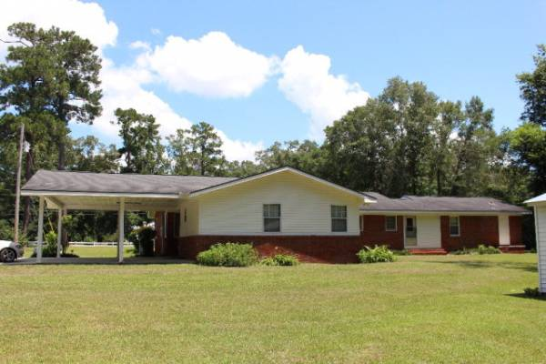 HOME FOR SALE- 717 W MAIN, CLAYHATCHEE $159,000