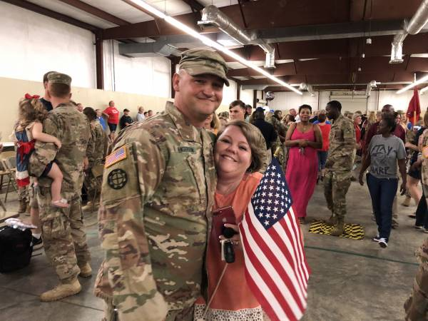 The 186th Returns Home after a Year Over Sea's