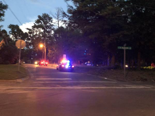 8:02 PM.  Shots FIred on South Saint Andrews Street