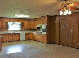 Home & Land For Sale in Newville