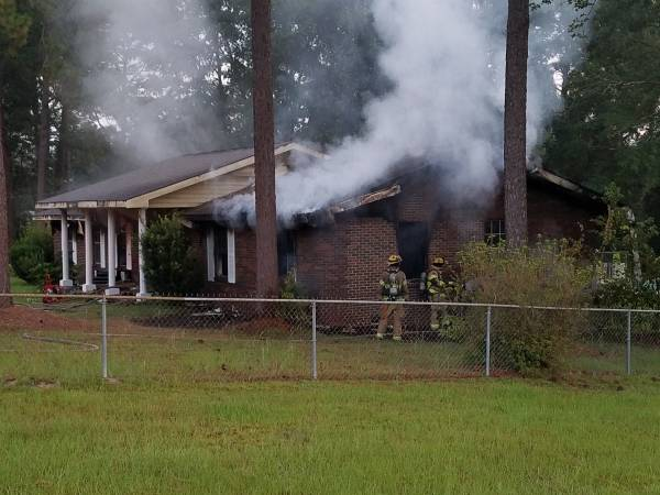 UPDATED at 8:21 AM.   Cottonwood Road Structure Fire Fully Involved