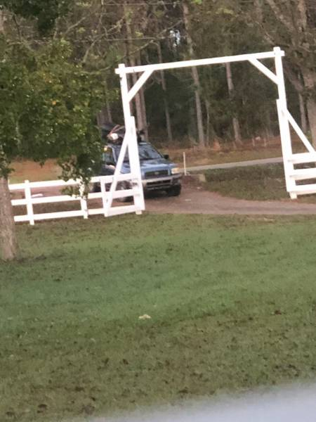 Dothan Police Needs Your help Identifing this Vehicle