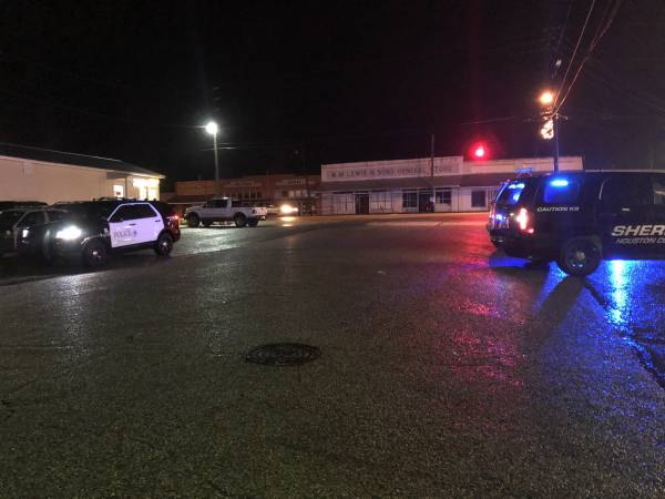 UPDATED at 7:46 pm...  Shooting at Walkers Motel on East Main