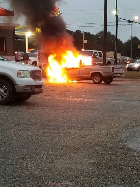 4:31 PM... Vehicle Fire at Robert's Grocery in Wicksburg