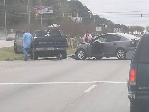 Afternoon Accident on Highway 231 South at Inez Road