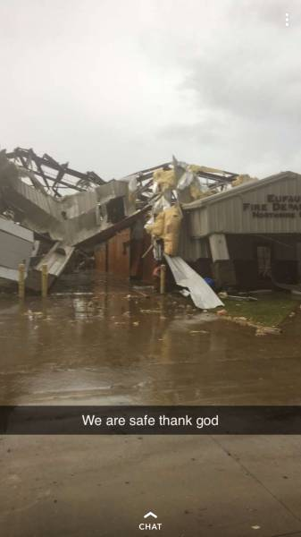 4:29 PM    Eufaula Fire Station and Eufaula Airport Destroyed