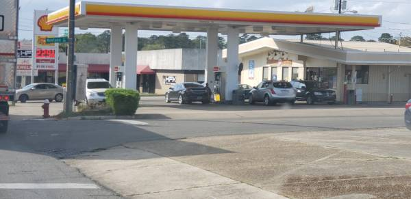 3:49 PM... Armed Robbery at the Shell on West Main