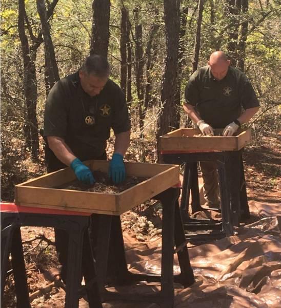 Hiker Finds Skeletal Remains